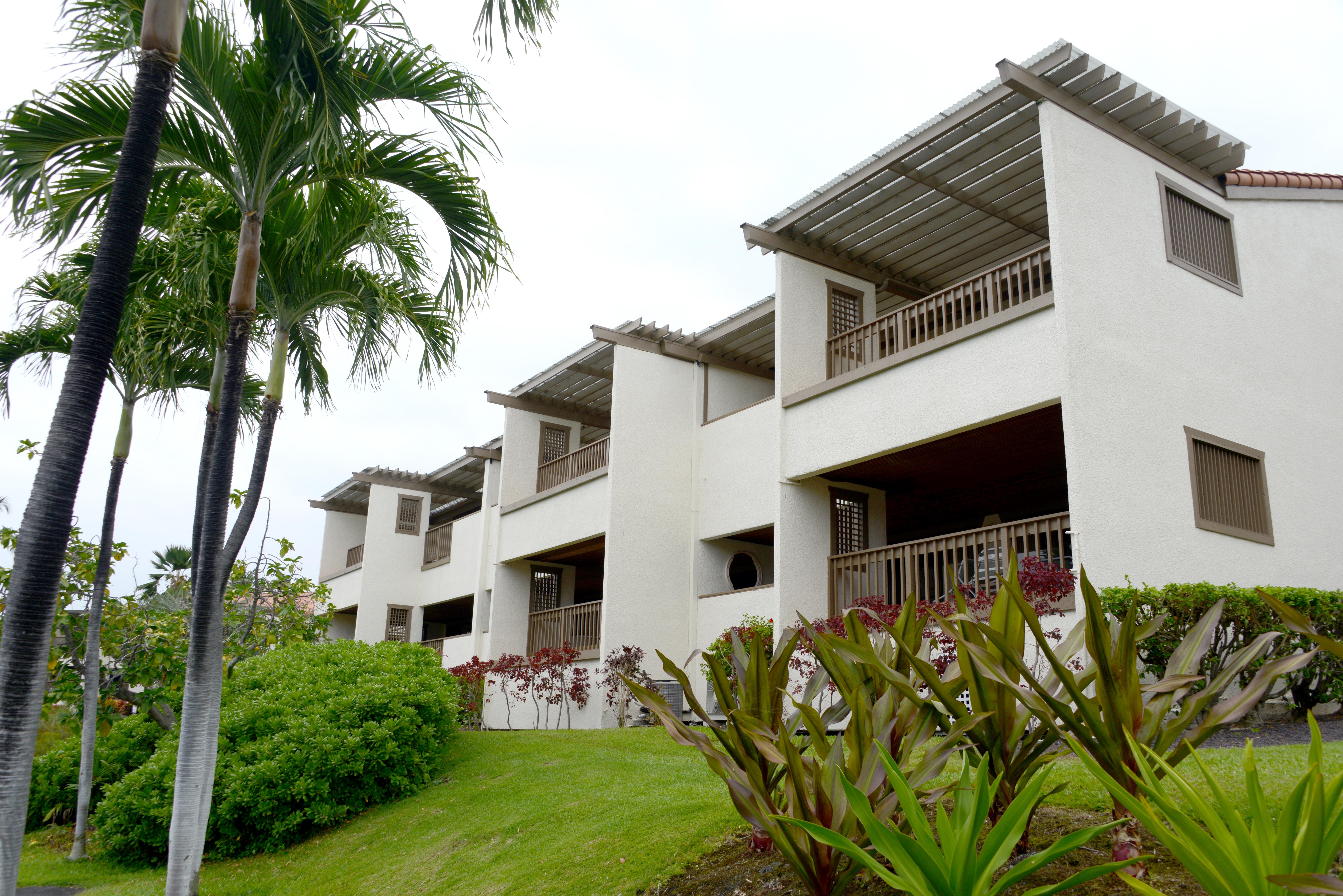 Kona Coast Resort timeshare resales
