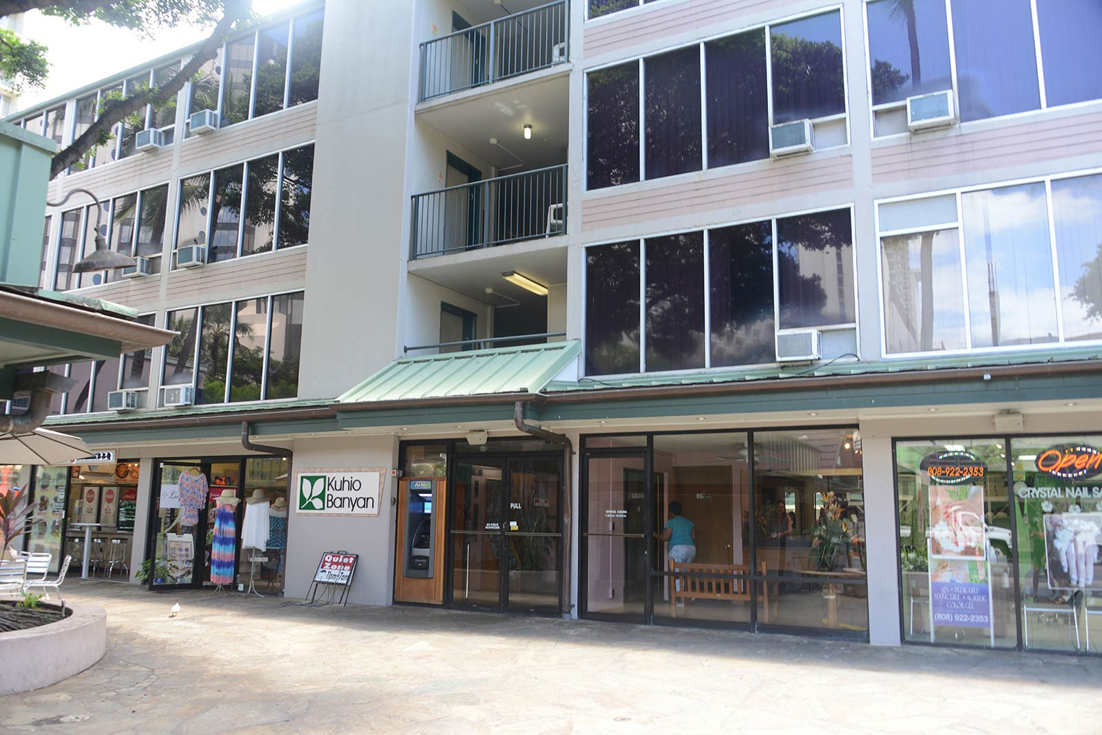 Kuhio Banyan Club Waikiki timeshare resales